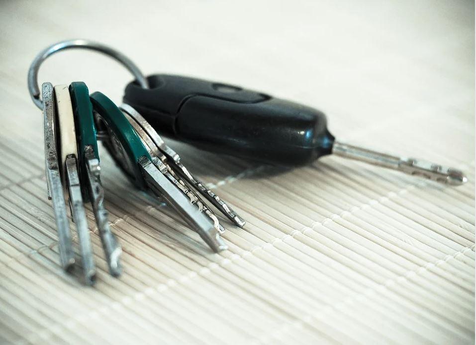 clés de porte de garage basculante